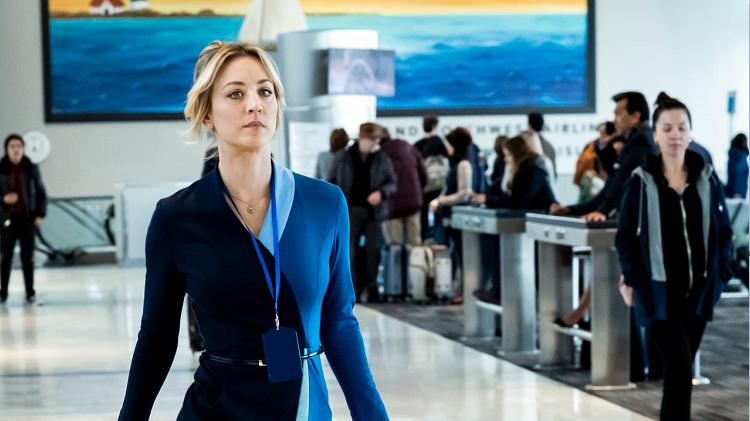 Crítica de The Flight Attendant: Kaley Cuoco como protagonista