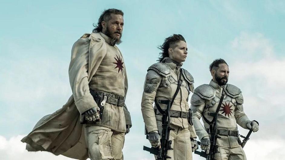 Crítica de 'Raised by Wolves': La extrañeza y la lucidez de la ciencia ficción